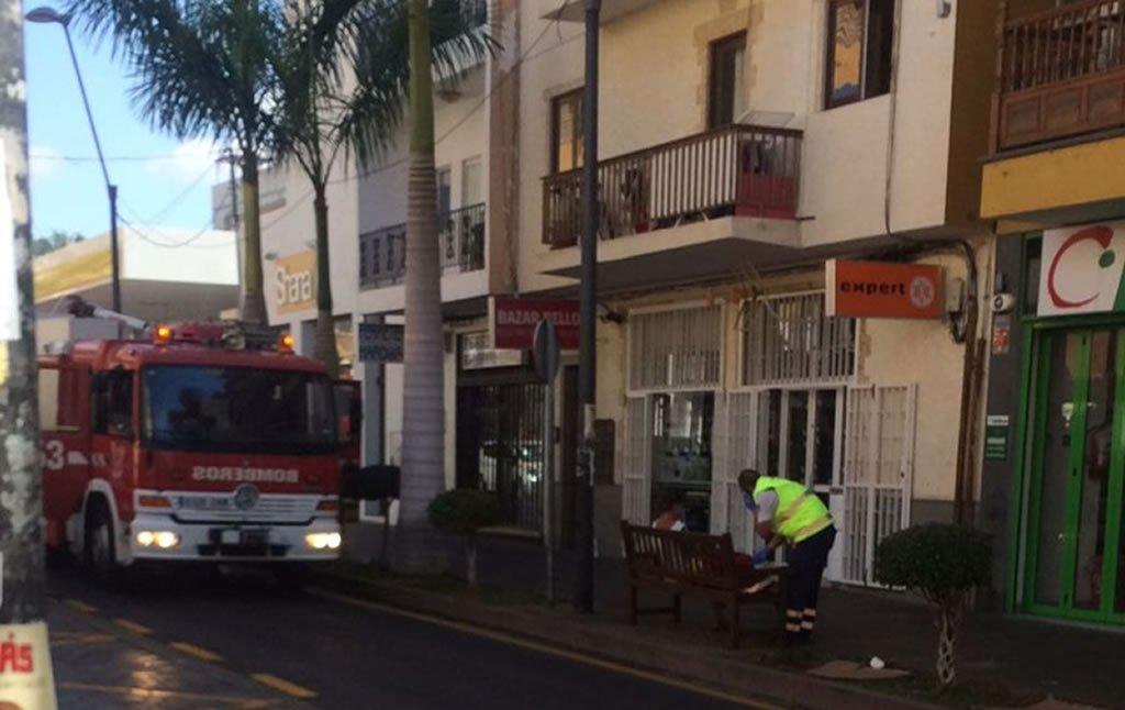 В результате короткого замыкания возник пожар в одном из зданий в Los Cristianos