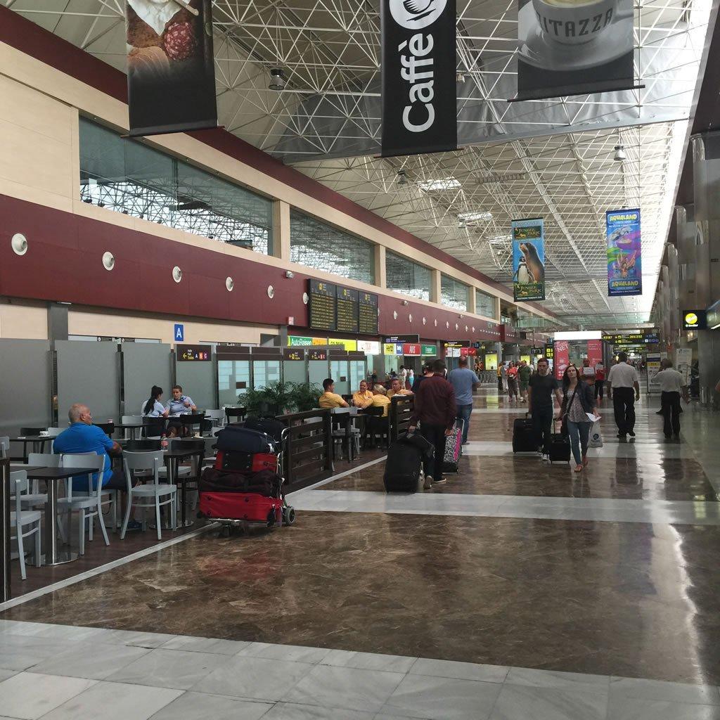 Что будет, если южный аэропорт Тенерифе будет переполнен
