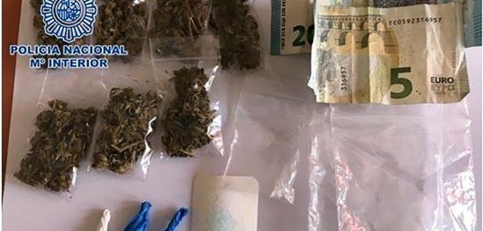 Купить марихуану тенерифе аммиачная селитра и конопля