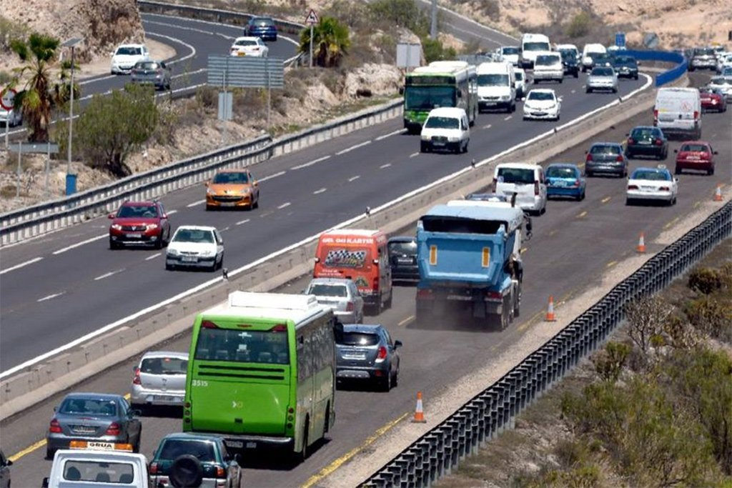 Ожидаемый хаос на южном шоссе Тенерифе