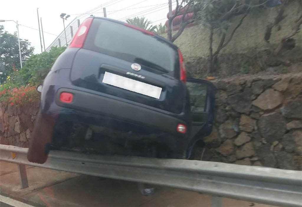"Двое иностранцев - ""каскадеров"" навели панику на шоссе в La Orotava"