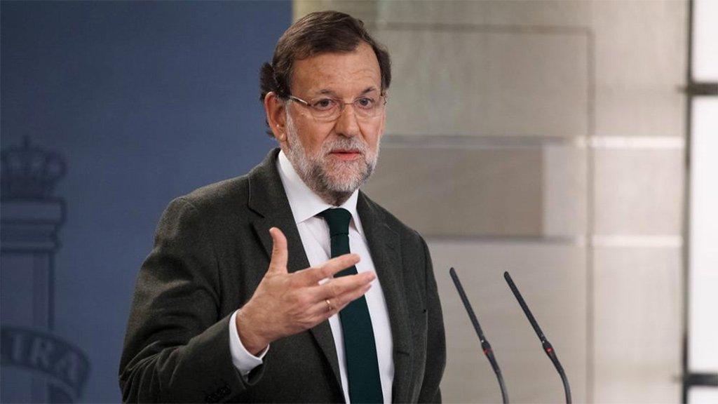 """Rajoy призывает """"баловать"""" туризм, а не играть в политику"""