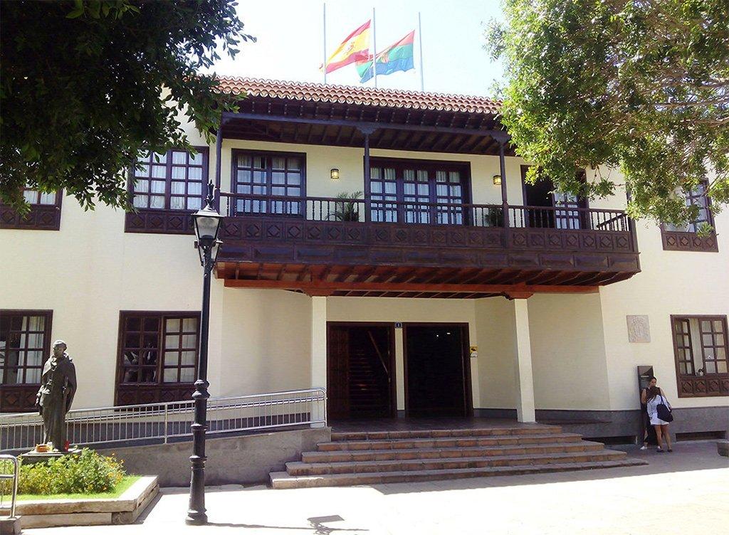 Arona: бюджет муниципалитета на 2018 год впервые в истории превысил 100 миллионов евро