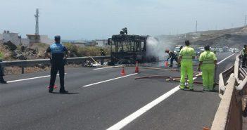Пожары в автобусах на острове Тенерифе утроились за последние годы
