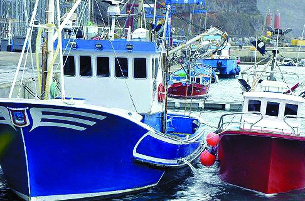 Рыбаки отвергают проект закона о привлечении туристов на свои судна