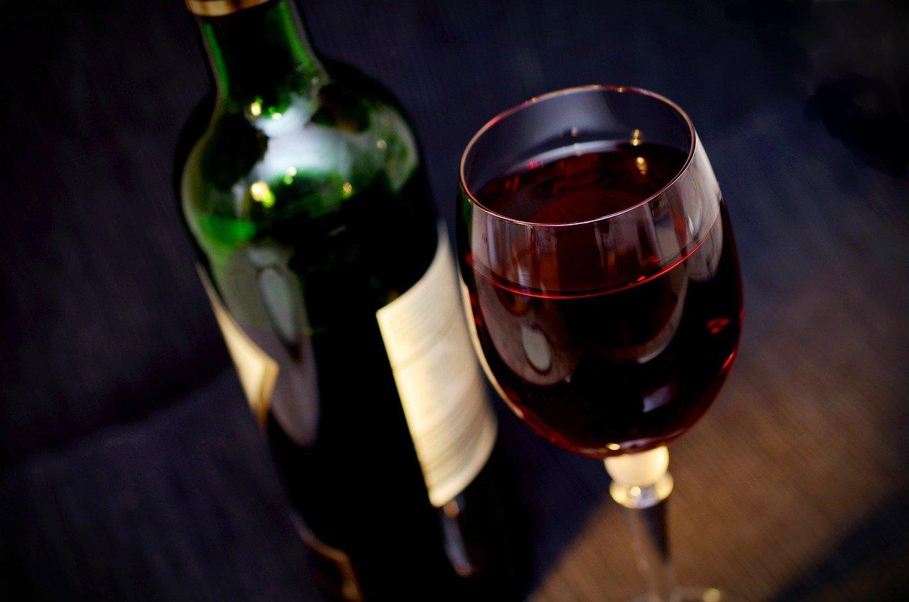 Как в Испании из дешёвого вина делать большие деньги