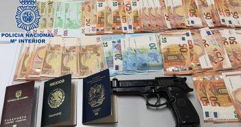 Арестованы за обман женщин из Южной Америки и проституцию их на Gran Canaria