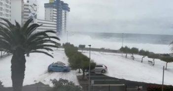67 жилищ были эвакуированы в Mesa del Mar, в Tacoronte, из-за огромных волн