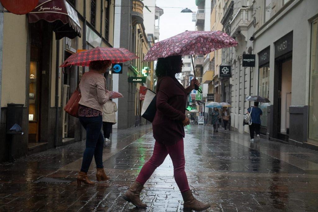 """После """"бабьего лета"""" на Канары приходят слабые дожди"""