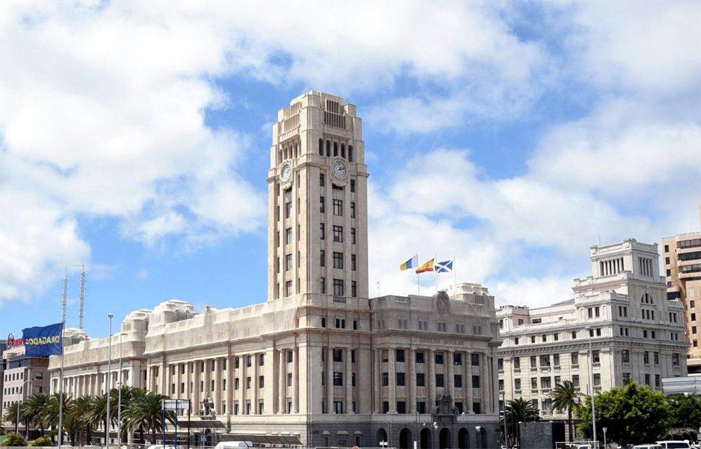 Кабильдо просит правительство Канар расширить закрытие островного кольца до четырех полос