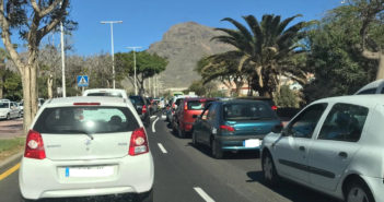 Такого транспортного хаоса я ещё не видел на Тенерифе...