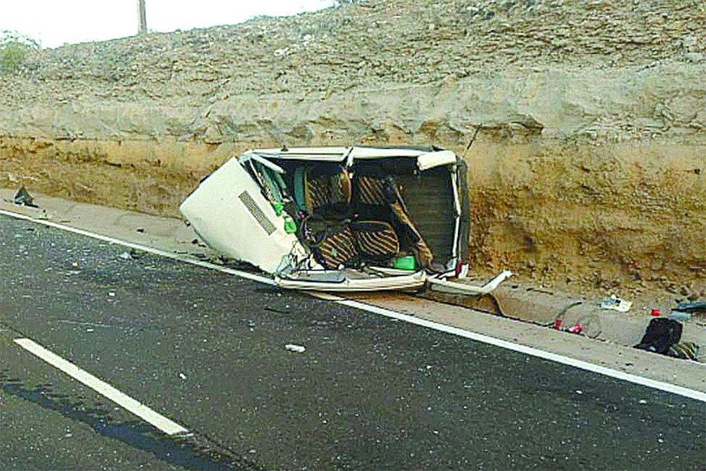 Две машины столкнулись в Arico. Один погибший