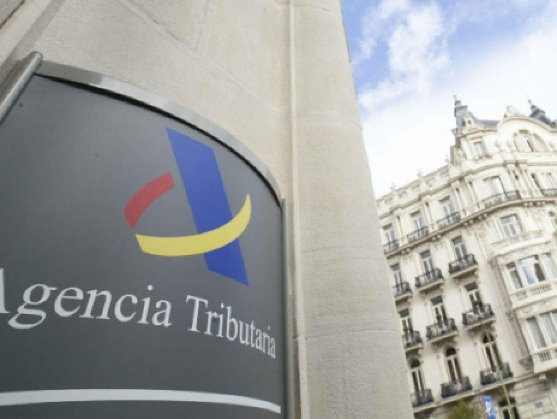 Налоговая служба смеётся над Европой и ищет деньги испанцев за рубежом