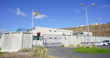 Трое раненых и трое сбежавших за месяц из местного CIE на Тенерифе