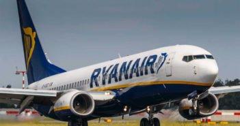 """Скандал во время рейса компании Ryanair """"Tenerife Sur-Manchester"""""""