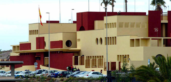 Adeje: задержаны две женщины за фальсификацию документов