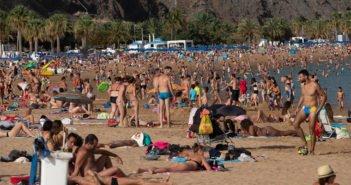 Новая волна жары идёт на Канарские острова