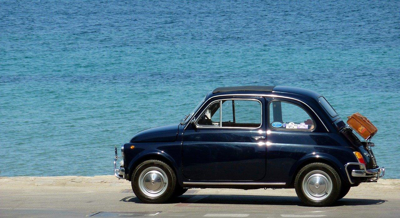 Канары: продажа машин в августе упала на 30,1%