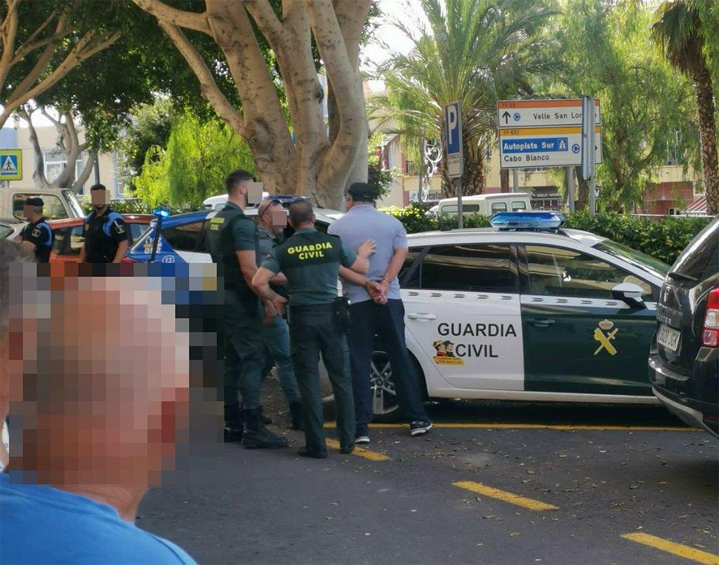 Las Américas: арестован за нанесение ножевых ранений гомосексуалу