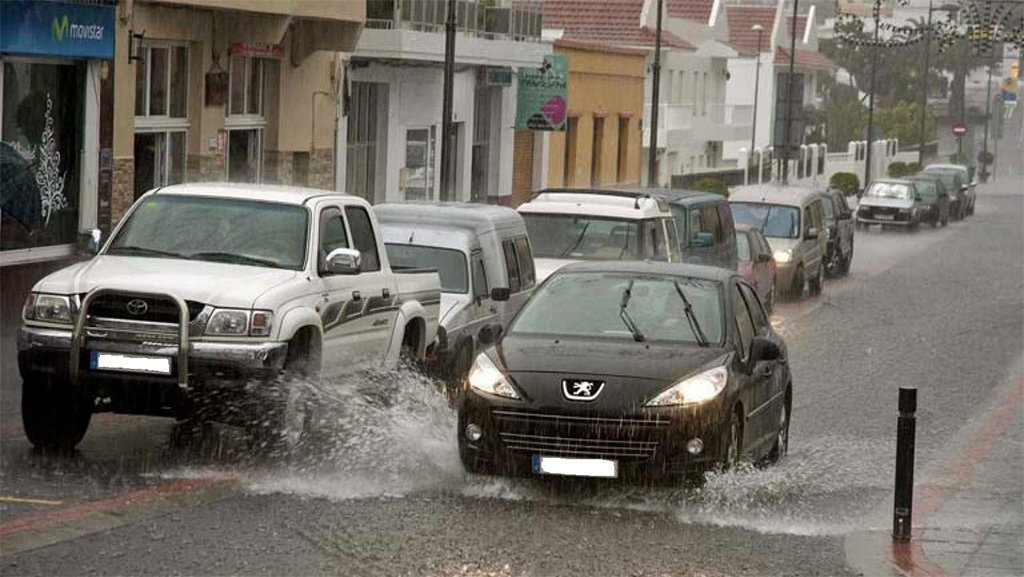 Более 80 инцидентов из-за дождей на острове Тенерифе