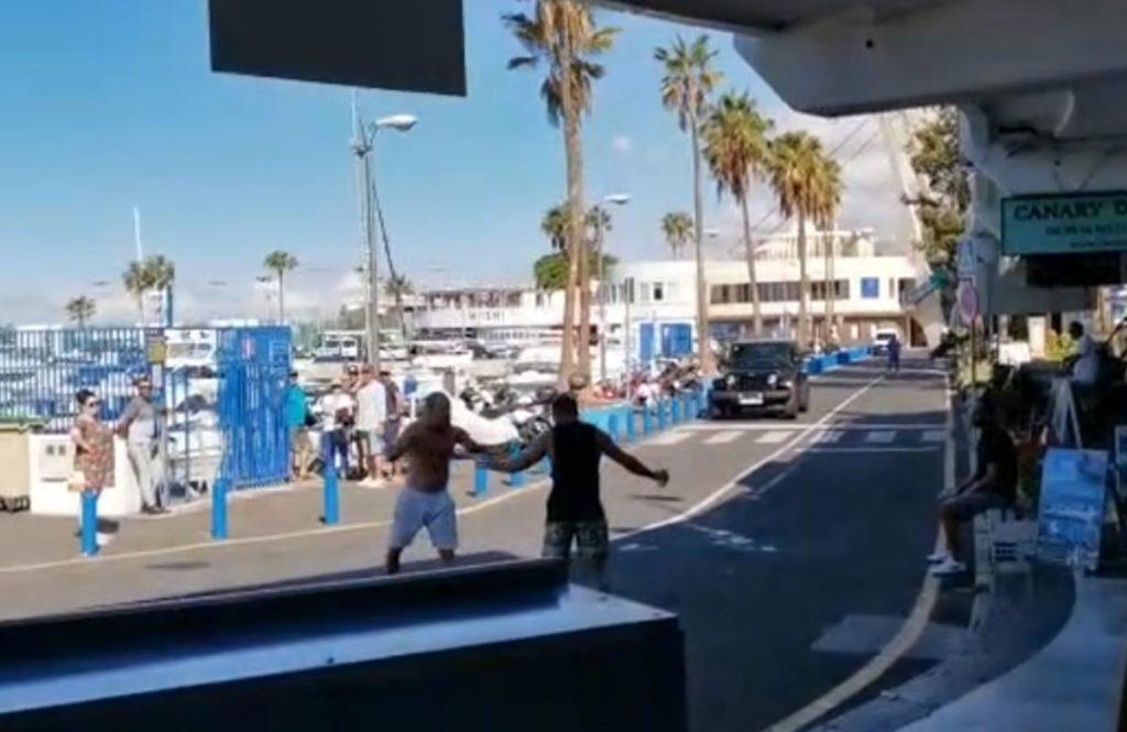 """""""Street Fighter"""" в Costa Adeje: итальянцы устроили драку на улице"""