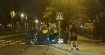 Adeje: две женщины ранены в столкновении машины с газопроводом отеля