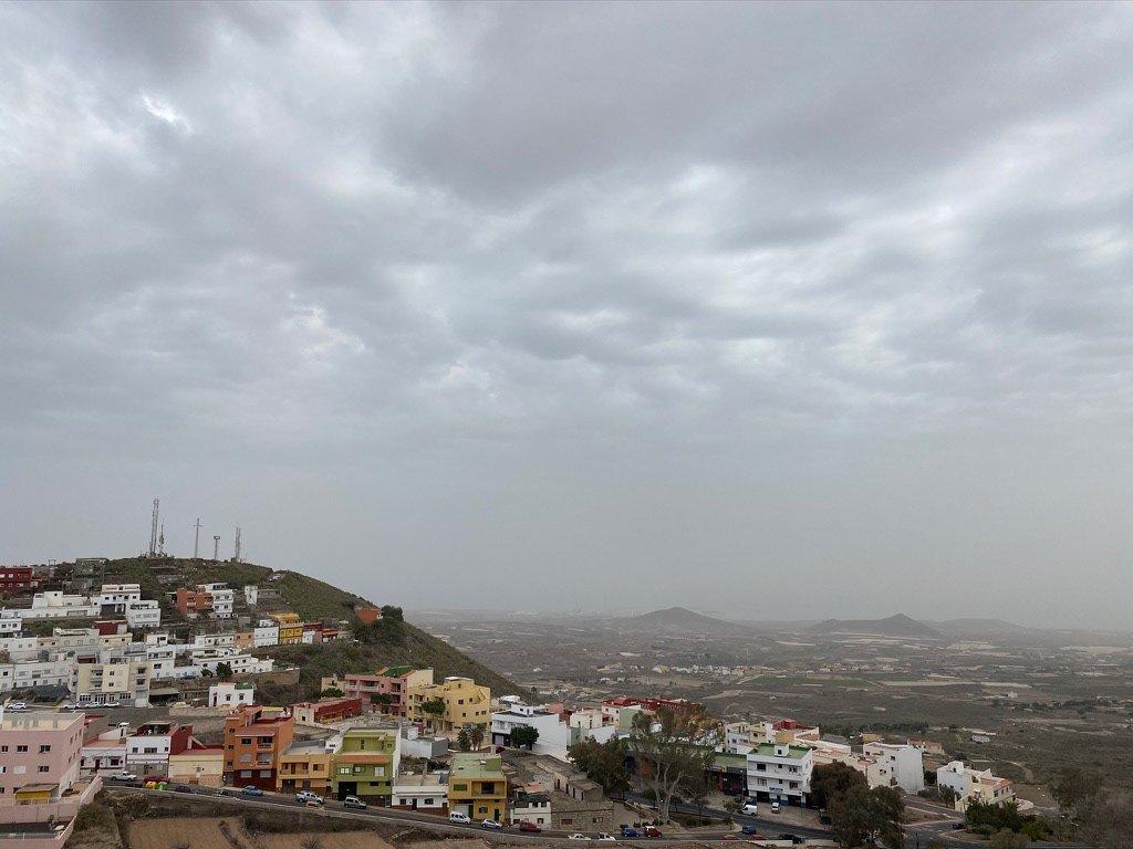 На Канарах во вторник ожидаются так необходимые островам дожди