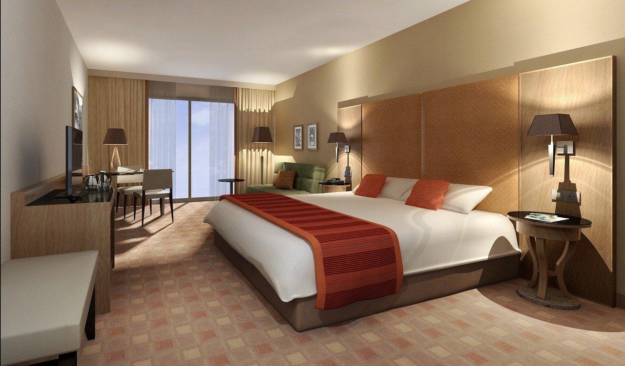 Пустуют гостиницы на Канарских островах этим летом