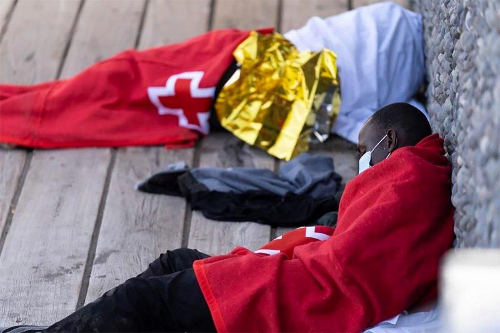 Большинство заражённых Covid-19 на Канарах - это нелегальные мигранты