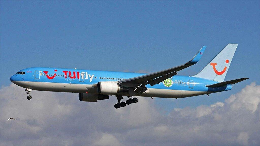 TUI с понедельника возобновляет полёты на Канары