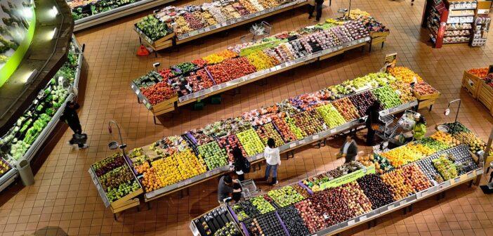 Канары - единственный регион, где выросли цены на мясо и свежие фрукты