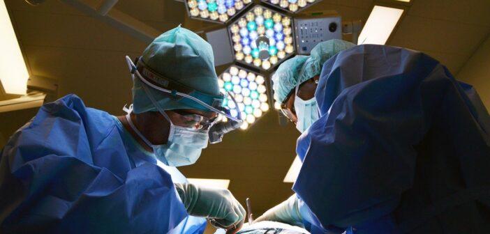 Наконец-то нашли объяснение проблемам: в Испании меньше врачей