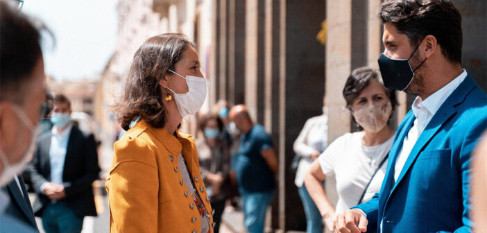 Мадрид гарантирует туристическим муниципалитетам план только для Канар