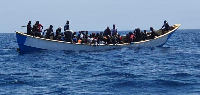 Torres просит министров посетить Канары в связи с миграционным кризисом