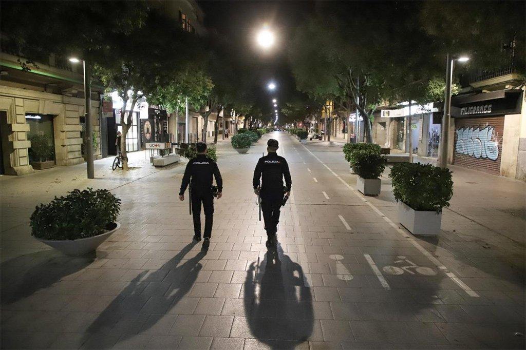 """После нового """"estado de alarma"""" - какие ограничения есть на Канарах"""