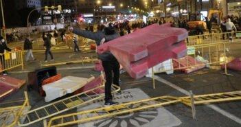 По всей Испании растут протесты против ограничений из-за коронавируса