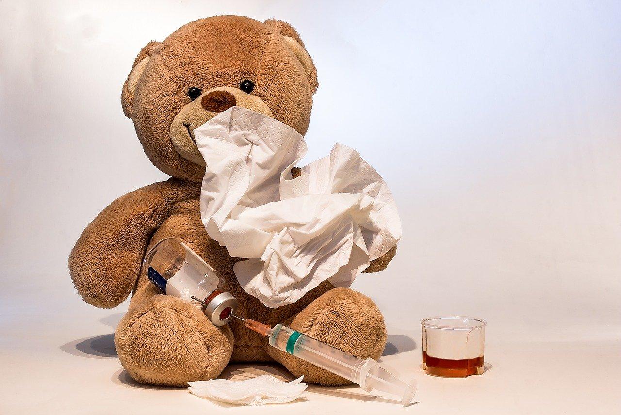 Канары перестраховываются: вакцинация против гриппа возросла в сотни раз
