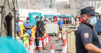 Канары: нынешняя ситуация с мигрантами тяжелее знаменитого кризиса 2006-го года