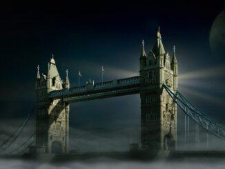 Туристы из Великобритании почти уже за горизонтом...