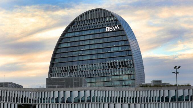 BBVA клиентам: платите за то, что держите деньги у нас на счетах