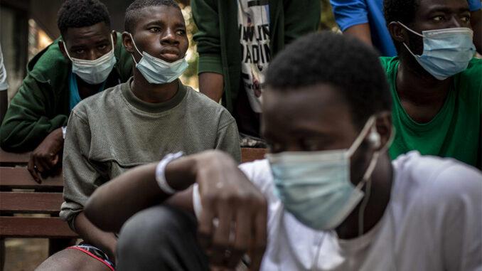 Брюссель признал тяжёлое положение с мигрантами на Канарских островах