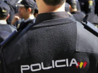 Adeje: мужчина побил полицейских за приказ одеть маску