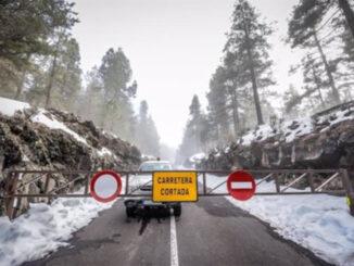 Закрываются дороги к Тейде из-за появления льда