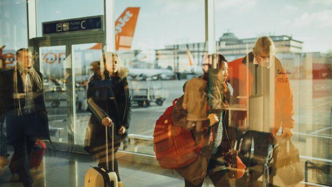 Кабильдо Тенерифе заверяет, что восстановлено 60% авиапассажиров, бывших в 2019 году